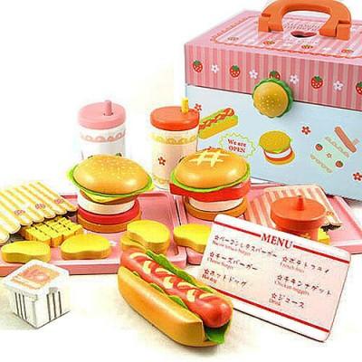 【熱銷新貨到】漢堡店木製玩具手提家家酒組(木製薯條飲料)